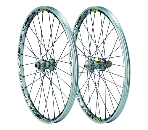 MAVIC DEEMAX DISC WHEELS 09